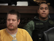 Chicago Officer Who Killed Laquan McDonald Beaten In Connecticut Prison