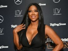 Preciousness: Kenya Moore's Baby Brooklyn Celebrates Valentine's Day With Daddy Daly