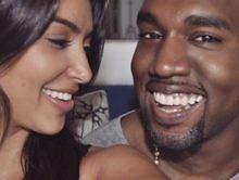 "Kim Kardashian Shares Rare Kanye West & Karl Lagerfeld Pic: ""We Lost A True Legend!!!!"""