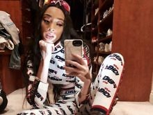 Look: Winnie Harlow Heats Up Everyone's Sunday W/ New Swimsuit Pics