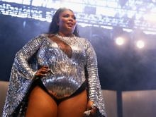 Blame It On My Juice: Lizzo Pays Tribute To Nipsey Hussle With Her Performance On 'Jimmy Kimmel Live' [Video]