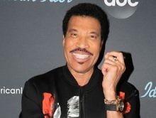 Pure Comedy: Lionel Richie Talks About The Time He Got Pranked By Stevie Wonder [Video]